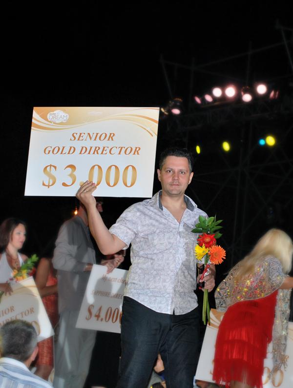 Поздравление с уровнем Старший золотой директор Орифлейм на Мальте