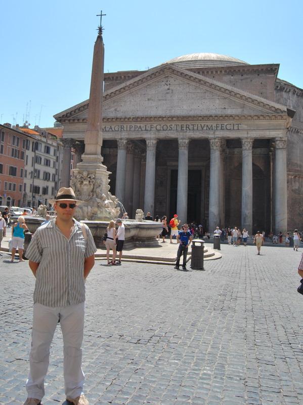 Константин Харченко в Риме, Италия Пантеон
