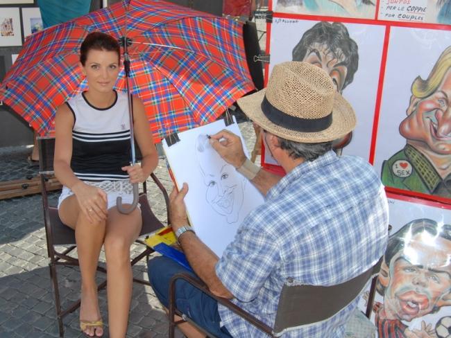 Художник рисует карикатуру на Катю Время рисования - 5 минут