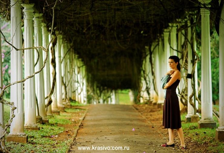 Katya v Bitanicheskom sady Kandy