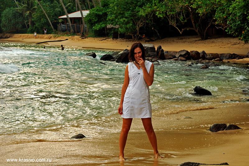 Елена Тараторкина на Шри-Ланке (Мирисса Бич)