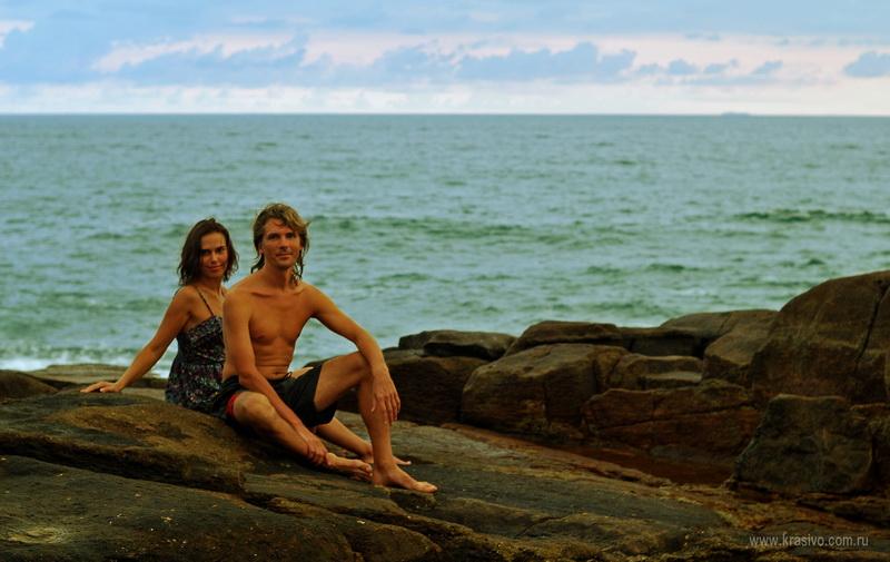 Шри-Ланка, Лена с Димой на камнях